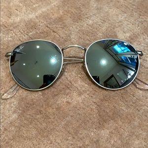 Silver round Ray-Ban 3347 sunglasses